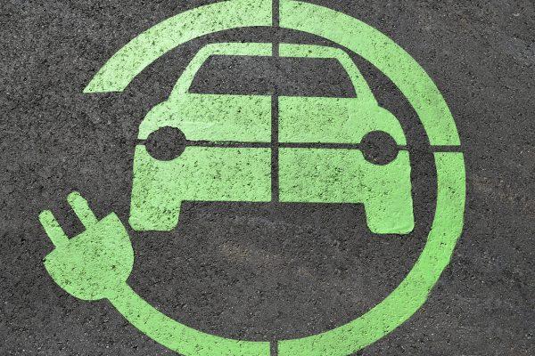 Elektromobilność, paliwa alternatywne, pojazdy niskoemisyjne, jakość powietrza, ograniczenie emisji, redukcję stężenia tlenków azotu, samochody elektryczne, strefa czystego transportu, efektywność ekologiczna